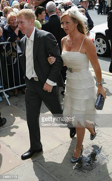 Paul Scholes arrives at Manchester Cathedral for the wedding of Manchester United and England footballer Gary Neville and Emma Hadfield on June 16...