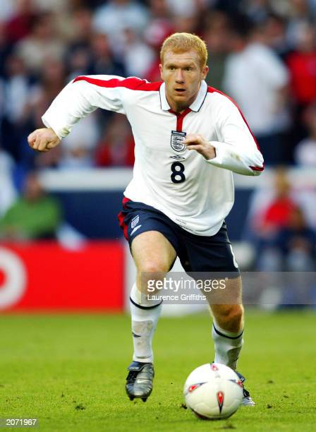 Paul Scholes of England chases the ball during the International friendly between England and Serbia and Montenegro on June 3 2003 in Leicester...