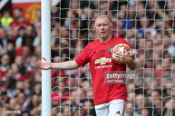 Paul Scholes of Manchester United '99 Legends reacts during the 20 Years Treble Reunion match between Manchester United '99 Legends and FC Bayern...