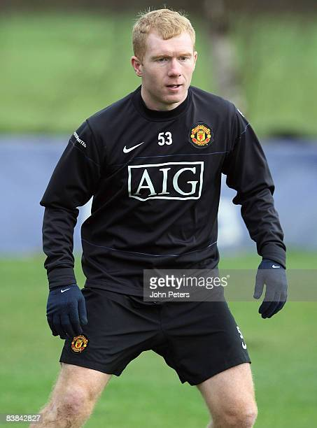 Paul Scholes of Manchester United in action during a First Team Training Session at Carrington Training Ground on November 27 2008 in Manchester...