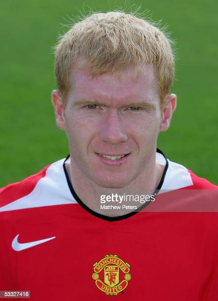 Paul Scholes of Manchester United poses during the annual club photocall at Carrington Training Ground on 5 August 2005 in Manchester, England.