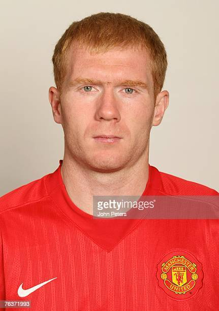 Paul Scholes of Manchester United poses during the club's annual preseason photocall at Carrington Training Ground on August 17 2007 in Manchester...