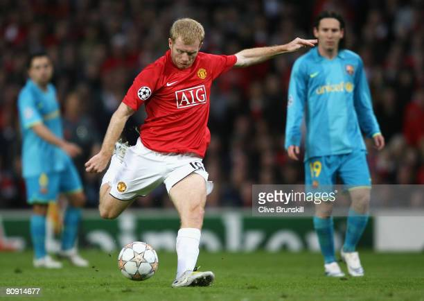 Paul Scholes of Manchester United scores the opening goal during the UEFA Champions League Semi Final second leg match between Manchester United and...