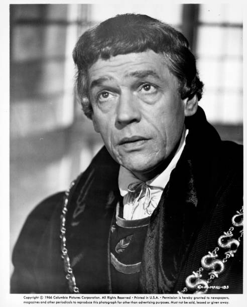 https://media.gettyimages.com/photos/paul-scofield-in-a-scene-from-the-film-a-man-for-all-seasons-1966-picture-id169244642?k=6&m=169244642&s=612x612&w=0&h=lvELbg8yNNCsWIkRDynGgGyM7yQIdWaXDRxqdFYH7DY=