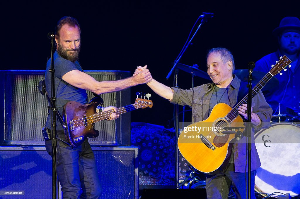 Paul Simon & Sting Perform At O2 Arena In London : News Photo