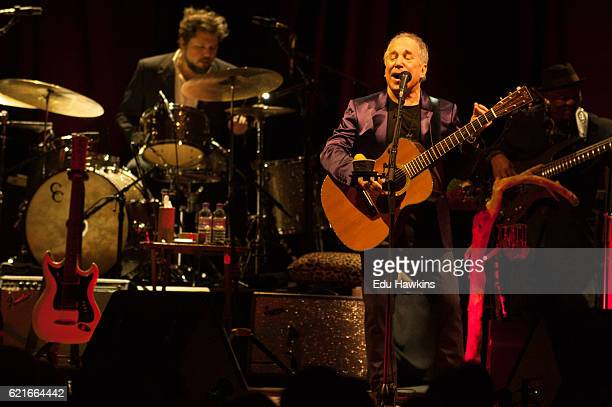 Paul Simon performs at Royal Albert Hall on November 7 2016 in London England