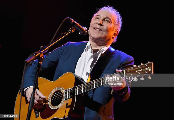 Paul Simon performs onstage during Global Citizen The World On Stage at NYU Skirball Center on September 22 2016 in New York City