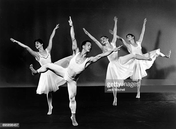 Paul Taylor dancers Richard Chen See Denise Roberts Kristi Egtvedt and Caryn Heilman in Aureole 1990