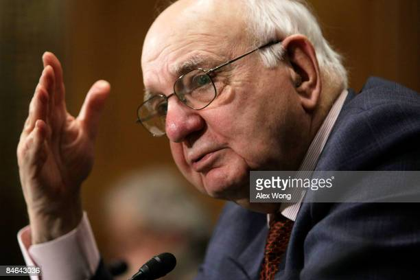 Paul Volcker Chairman of the President's Economic Recovery Advisory Board and former Federal Reserve Board Chairman testifies during a hearing before...
