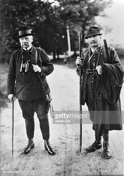 Paul von Hindenburg German field marshal and statesman 2nd President of Gemany 192534 Hindenburg sets out for hunting game in Dietramszell / Bavaria...