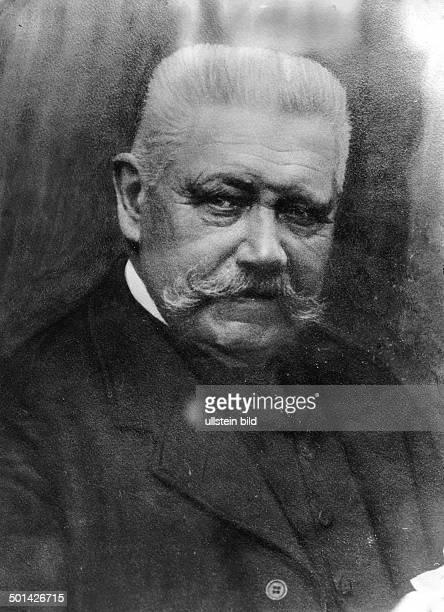 Paul von Hindenburg German field marshal and statesman 2nd President of Gemany 192534 Portrait Photo Kuehlewindt 1925
