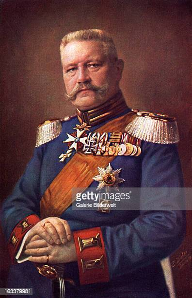 Paul von Hindenburg posing in uniform 1915 He rose to Field Marshal in the first World War and became Chief of the Supreme Command Germany Postcard...