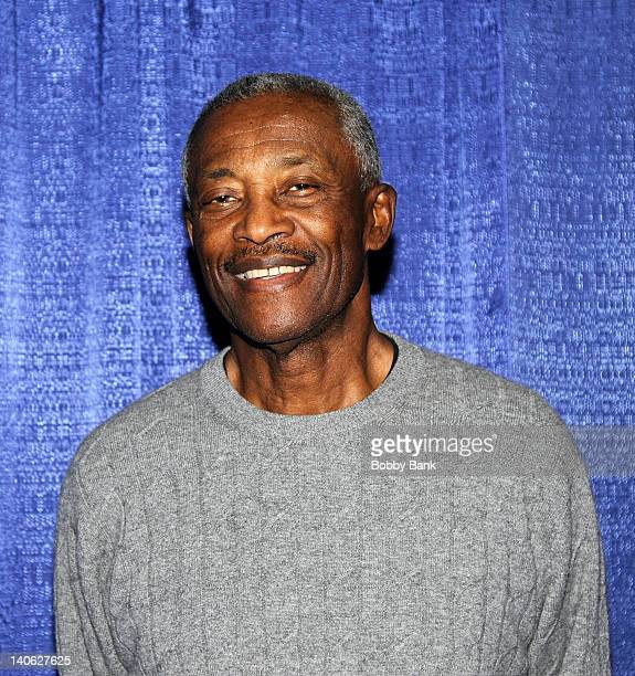 Paul Warfield attends the 2012 Collectors Showcase of America at the New Jersey Convention and Exposition Center on March 3, 2012 in Edison, New...