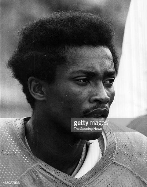 Paul Warfield of the Miami Dolphins circa 1972 in Miami, Florida. Warfield played for the Dolphins from 1970-74.
