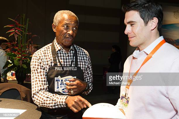 Paul Warfield speaks to a fan during the 2013 Taste of the NFL at the Ernest N. Morial Convention Center on February 2, 2013 in New Orleans,...