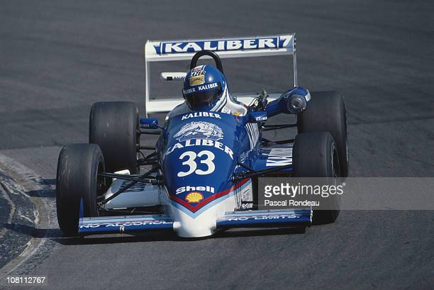 Paul Warwick drives the Kaliber Superpower Ralt Honda RT34 during the British Formula 3 Championship race on 29th April 1990 at the Brands Hatch...