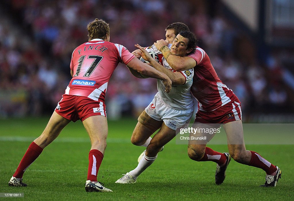 St Helens v Wigan Warriors - Engage Super League Play Offs