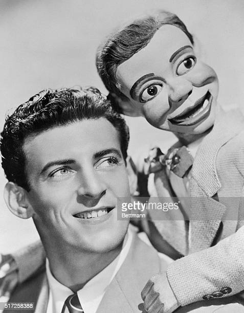 Paul Winchell and dummy Jerry Mahoney