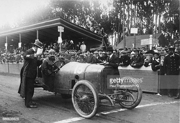 Paul Zuccarelli of France and his riding mechanic Ernesto Fanelli aboard the LionPeugeot L3 for the I Coupe de la Sarthe voiturette race on 9...