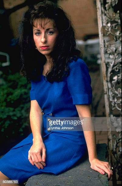 an analysis of the sexual harassment lawsuit by paula jones for president bill clinton in the us The scene playing out in a new york court is the first time since president bill clinton was paula jones brought her harassment suit analysis did trump just.