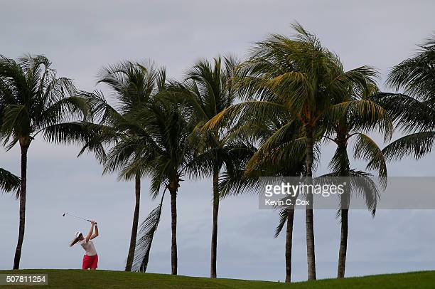 Paula Creamer tees off the 12th hole during the final round of the Pure Silk Bahamas LPGA Classic at the Ocean Club Golf Course on January 31 2016 in...