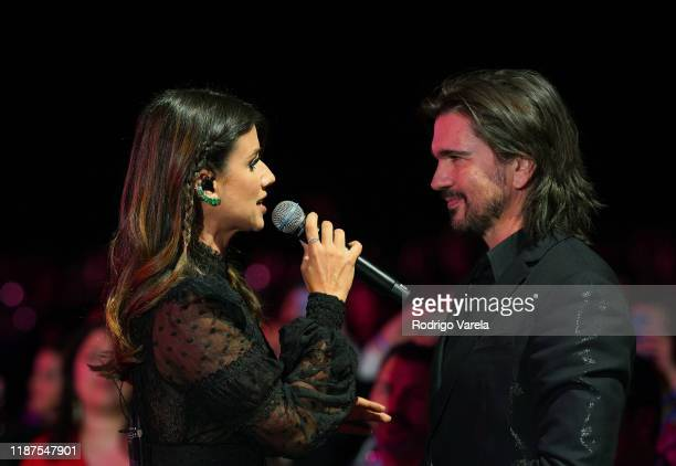 Paula Fernandes performs in the audience during the Latin Recording Academy's 2019 Person of the Year gala honoring Juanes at the Premier Ballroom at...