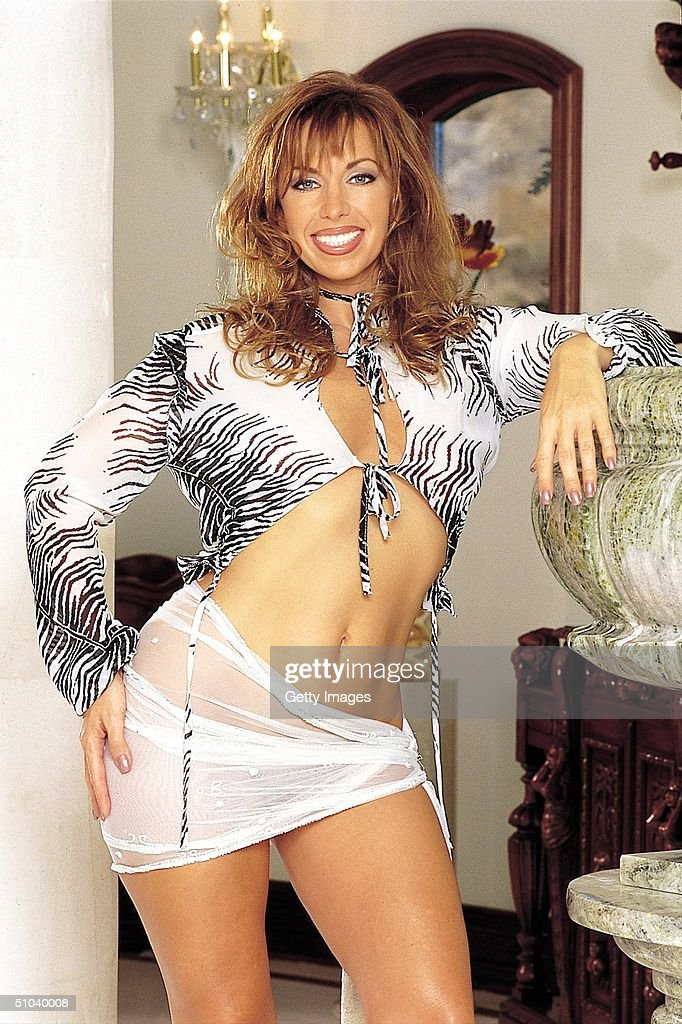 Paula Jones, Whose Charges Of Sexual Harassment Led To The Impeachment Of President Bill Clinton, Enthusiastically Bares Everything In The December Issue Of Penthouse Magazine. The Twelve Nude Photos By Famed Erotic Photographer Earl Miller Leave Little Or Nothing To The Imagination.