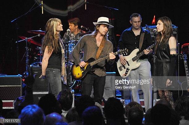 Paula Nelson Lukas Nelson and Amy Nelson perform on stage at the Hard Rock International's Wille Nelson Artist Spotlight Benefit Concer at Hard Rock...