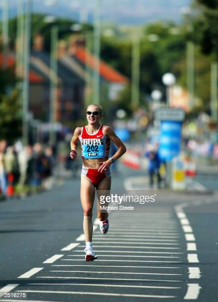 Paula Radcliffe of England runs during the Bupa Great North Elite Women's race on September 21 2003 in Newcastle England