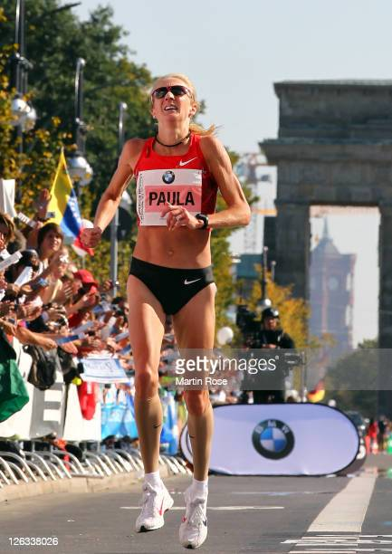 Paula Radcliffe of Great Britain runs during the BMW Berlin Marathon on September 25 2011 in Berlin Germany