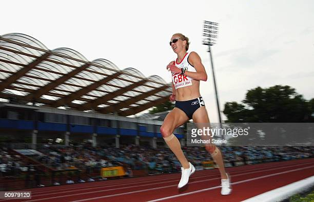 Paula Radcliffe of Great Britain runs her fastest ever time in the women's 5000m race at the Spar European Cup on June 20th 2004 in Bydgoszcz Poland