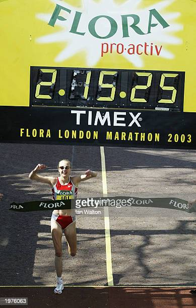 Paula Radcliffe of Great Britain winning the 2003 Flora London Marathon on April 13 2003 at the Mall in London England
