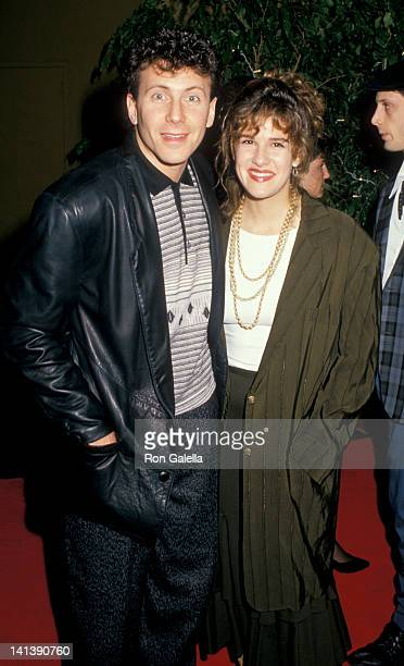 Paula Ravets and Paul Reiser at the 15th Annual American Music Awards Shrine Auditorium Los Angeles