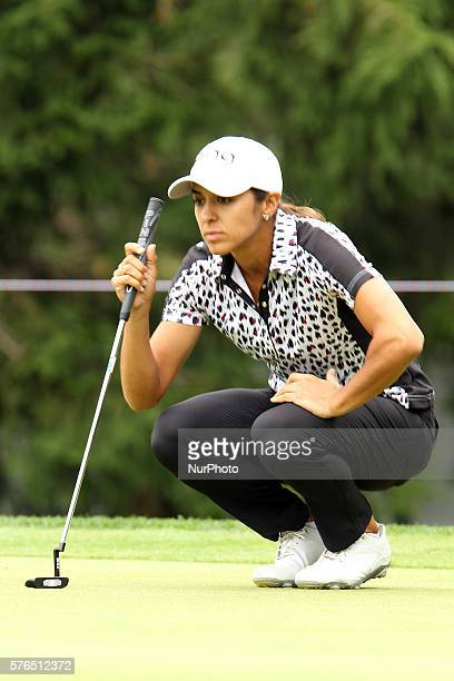 Paula Reto of Bloemfontein South Africa lines up her putt on the 5th green during the first round of the Marathon LPGA Classic golf tournament at...