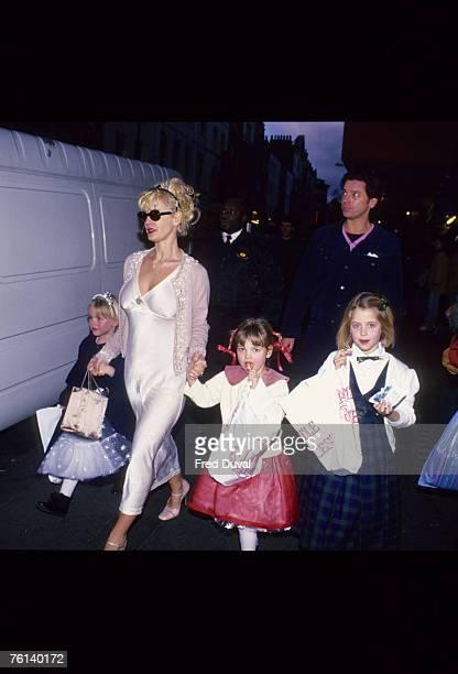 Paula Yates with her children and Michael Hutchence