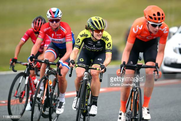 Pauliena Rooijakkers of The Netherlands and Team CCC Liv / Black Mountain / Grace Brown of Australia and Team Mitchelton SCOTT / Chantal Blaak of The...