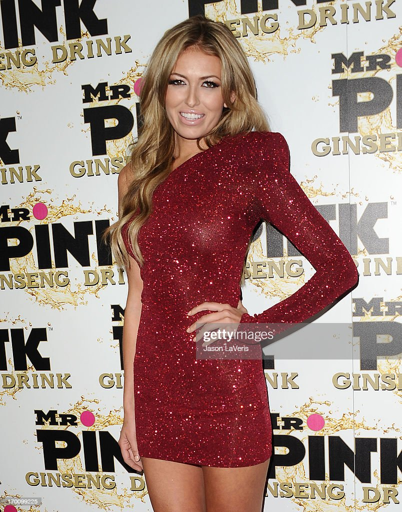 Paulina Gretzky attends the Mr. Pink Ginseng Drink launch party at Regent Beverly Wilshire Hotel on October 11, 2012 in Beverly Hills, California.
