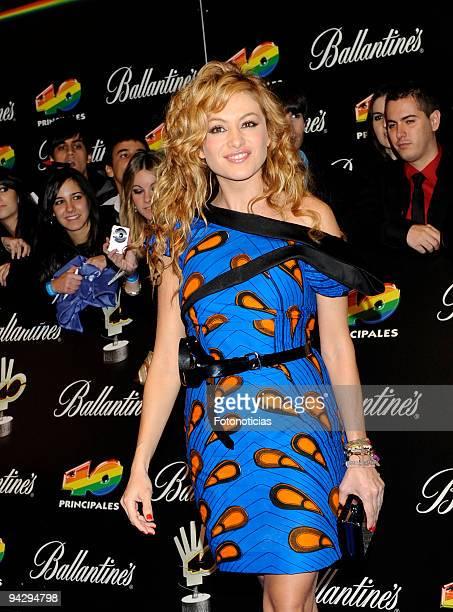 Paulina Rubio arrives at the ''40 Principales'' Awards at the Palacio de Deportes on December 11, 2009 in Madrid, Spain.