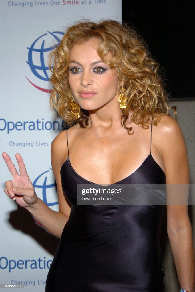"Operation Smile's ""Smile Collection"" 2004 Couture Event"