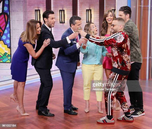 Paulina Sodi Quique Usales Marco Antoni Regil Adamari Lopez Erika Csiszer Chef James and Nacho on the new set of Un Nuevo Dia at Telemundo Center on...