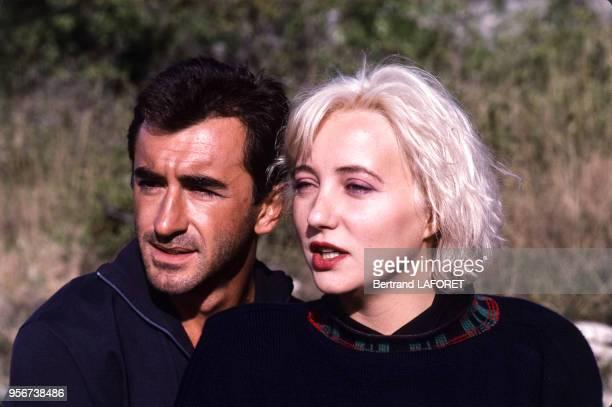 Pauline Lafont et Cristophe Malavoy sur le tournage du film 'Deux minutes de soleil en plus' réalisé par Gerard Vergez en novembre 1987 France