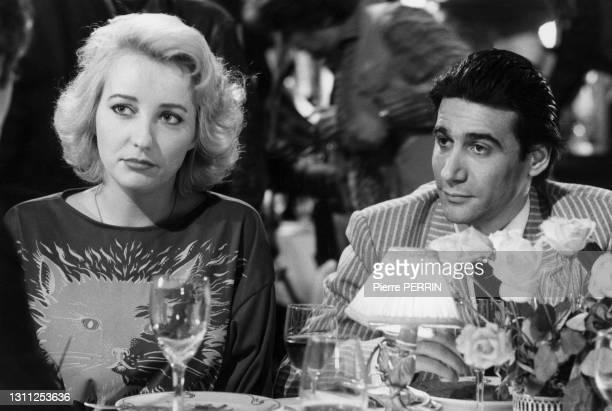 Pauline Lafont et Roland Blanche sur le tournage du film 'Le Pactole', en 1985.