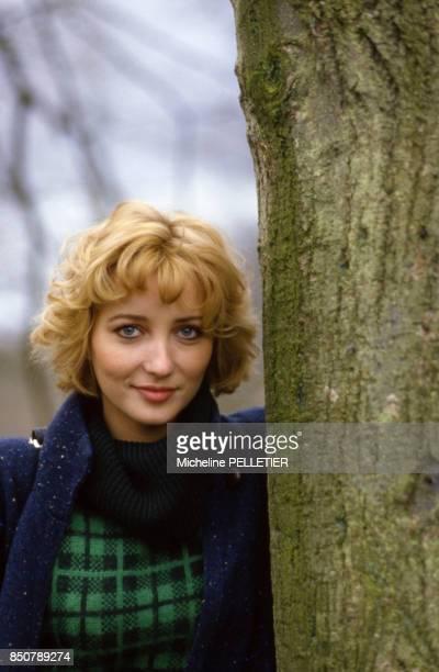 Pauline Lafont lors du tournage du film 'Poulet au Vinaigre' réalisé par Claude Chabrol en novembre 1984 France