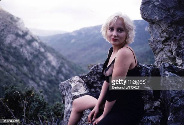Pauline Lafont sur le tournage du film 'Deux minutes de soleil en plus' réalisé par Gerard Vergez en novembre 1987 France