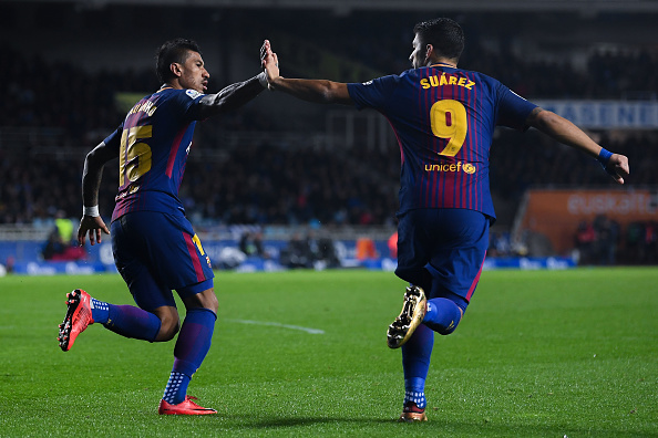 https://media.gettyimages.com/photos/paulinho-bezerra-of-fc-barcelona-celebrates-with-his-team-mate-luis-picture-id904921772?k=6&m=904921772&s=594x594&w=0&h=VjrH1g5-monu-_CSxUWKwNCXGp3cp8JgAtb7cgW0hqg=