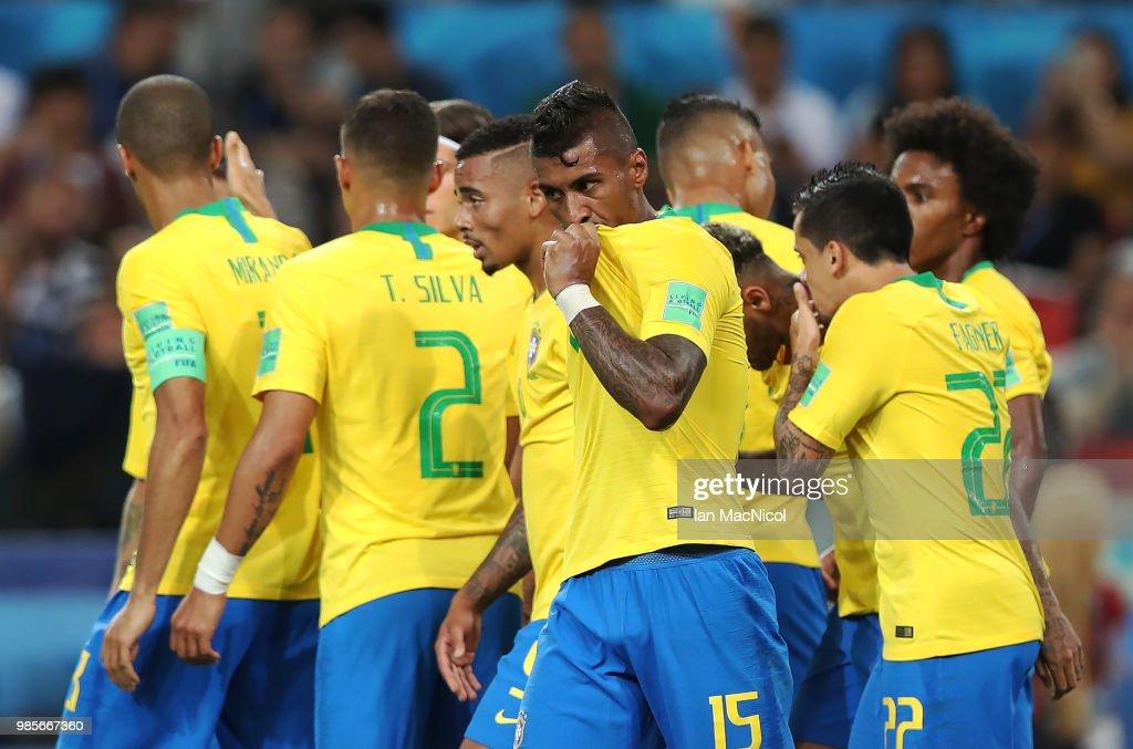 Serbia v Brazil: Group E - 2018 FIFA World Cup Russia : Fotografía de noticias