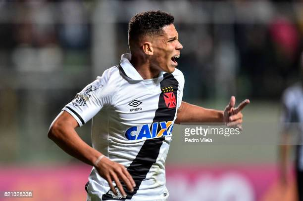 Paulinho of Vasco da Gama celebrates a scored goal against Atletico MG during a match between Atletico MG and Vasco da Gama as part of Brasileirao...