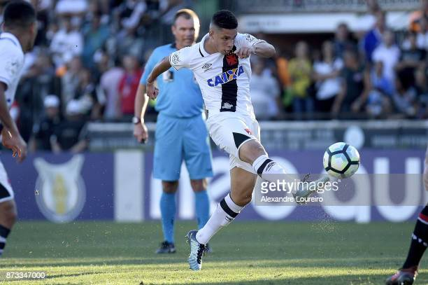 Paulinho of Vasco da Gama in action during the match between Vasco da Gama and Sao Paulo as part of Brasileirao Series A 2017 at Sao Januario...