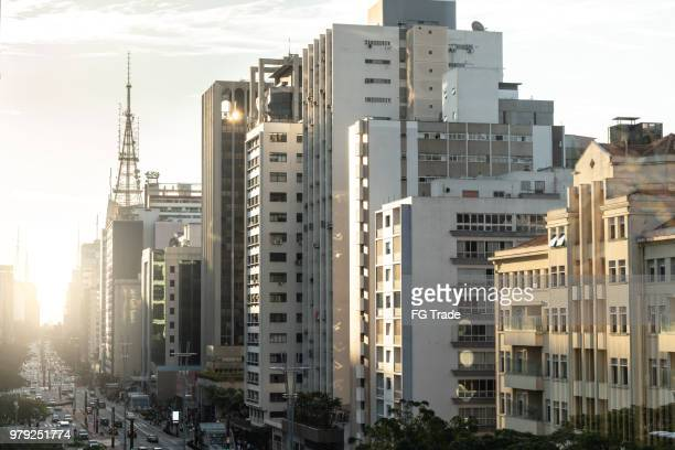 avenida paulista, são paulo, brasil - exterior de prédio - fotografias e filmes do acervo