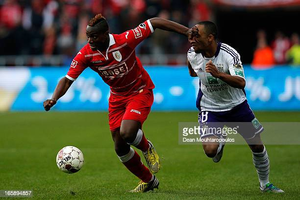 PaulJose M'Poku of Standard and Denis Odoi of Anderlecht battle for the ball during the Jupiler League match between Royal Standard de Liege and RSC...